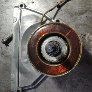 Эл.муфта включения вентилятора на передней крышке ГБЦ